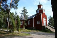 Haapajärvi church, Haapajärvi, Kirkkonummi, Finland. Completed 1823 Photo htm/Wimedia Commons