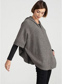 Hooded Short-Sleeve Poncho with Zip in Supersoft Yak & Merino. Environmentally friendly!