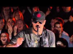 Eric Church Drink in my Hand CMA was right there for this :) Country Music Videos, Country Songs, Take Me To Church, Cma Awards, Rock Songs, Eric Church, Faith Hill, Band Aid, Hearing Aids