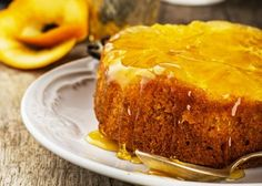 Recipe: Orange Upside-Down Cake Need an elegant cake that's heart-healthy, without compromising taste? Try our Orange Upside-Down Cake. It's low in saturated fat and cholesterol while still tasting decadent. Orange Recipes, Almond Recipes, Fruit Recipes, Wine Recipes, Dessert Recipes, Orange Syrup Cake, Orange Polenta Cake, Food Cakes, Mandarin And Almond Cake