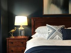 The best dark bedroom colors via gray wall . Bedroom Themes, Diy Bedroom Decor, Home Decor, Bedroom Ideas, Bedrooms, Cozy Bedroom, Master Bedroom, Green Wall Color, Wall Colors