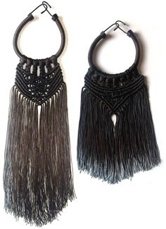 Dip-dyed macrame necklaces: Eleanor Amoroso. These would be amazing in chunky cord maybe with beads on the end... ooooooh