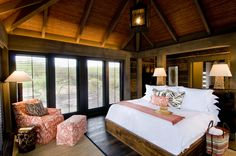 I like this room! It's actually 1 of 4 bungalows in St. Kitts at Turtle Beach Bungalows Tropical Bedroom Decor, Tropical Bedrooms, Tropical Decor, Tropical Style, Spanish Bungalow, Spanish Style Homes, Small Bungalow, Modern Bungalow, Turtle Beach