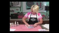 How to spray stuff! by Heidi Swapp. Here's a few tips for working with Heidi Swapp Color Shine sprays!
