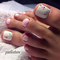 We found the Best Toe Nail Art! Below are 53 Best Toe Nail Art Designs for The polished toes a Pretty Toe Nails, Cute Toe Nails, Toe Nail Art, Toe Nail Polish, Diy Nails, Classy Nails, Stylish Nails, Trendy Nails, Pink Pedicure
