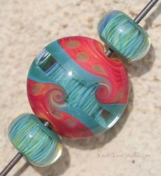 Double wave borosilicate glass focal with two matching accent beads - 2015 - 3LeafCloverStudio.com