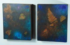 Spettro # 3 da Terezin. Dittico di rettangoli, pittura subacquea su pseudofossili.Tecnica mista su ferro ossidato, 2014.