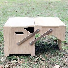 ギミック満載な収納ボックス「ECC BOX」がさらに進化!テーブルとして拡張できる新作パーツ登場 | CAMP HACK[キャンプハック] Chuck Box, Diy Box, Tool Box, Travel Style, Camping Kitchen, Outdoor Decor, Projects, Furniture, Camper Ideas