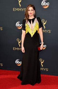 Amanda Peet rocked a sequined black gown with a vintage vibe. (Photo by John Shearer/WireImage) via @AOL_Lifestyle Read more: http://www.aol.com/article/entertainment/2016/09/18/emmys-2016-winners-list/21474458/?a_dgi=aolshare_pinterest#fullscreen