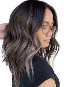 "Starbucks Ain't Got Nothin' On This ""French Roast"" Hair Color ""French Roast"" Hair Is the Ash Brunette Color We Love Brown Hair Cuts, Brown Hair Looks, Brown Blonde Hair, Light Brown Hair, Ash Brown Hair Balayage, Ash Brunette, Brunette Color, Balayage Brunette, Blonde Balayage"