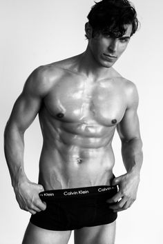 I am very glad to see again Ford Model Ian Sherman in fresh new snaps by Steven Chellappa. Ian got the looks, has a beautiful toned body, perfect bone structure and melting eyes, with these pictures just confirm what was said.