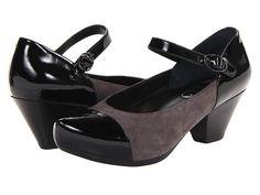 Bunion sufferers on Zappos swear by these Dansko Bonnie shoes
