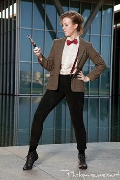 Doctor who cosplay for girls. my first glance at it I actually thought that this was the doctor!! AWESOMESWEET!