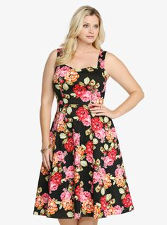 Floral Cotton Sateen Swing Dress From the Plus Size Fashion Community at www.VintageandCurvy.com