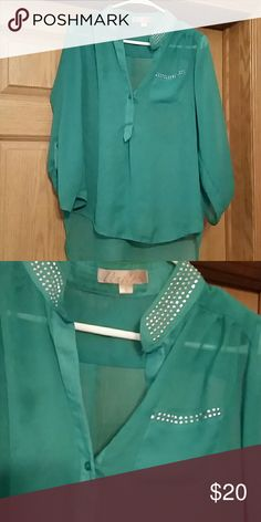 Blouse Green dress up or down 3/4 sleeves,super cute,smoke free home Tops Blouses