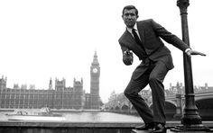 See all 362 James Bond kills throughout franchise history in one epic supercut, featuring Sean Connery, George Lazenby, Pierce Brosnan, Daniel Craig & more. Sean Connery James Bond, All James Bond Movies, James Bond Watch, Casino Royale, Superman, Batman, Bruce Lee, Dc Comics, Service Secret