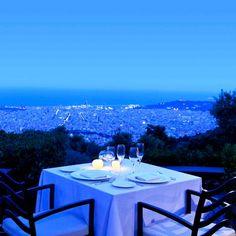 Este es una vista bonita yo quiero ver en Barcelona mientras comer con mi familia.