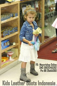 Pusat Sepatu Boots Anak : Check Our Latest Collections!!! Available on Facebook : Mayorishop Online (http://facebook.com/mayorisonline), SMS 081212415282 Pin BB 26e6d360]