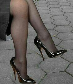 Sexy High Heels, High Heels Boots, Walking In High Heels, Extreme High Heels, Beautiful High Heels, Sexy Legs And Heels, Hot Heels, Dress And Heels, Tights And Heels