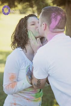 Color dust fight Unique photo ideas Engagement photography Couples photography  Captured Love Photography: Life Sessions