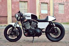 Harley-Davidson Sportster by Kustom Research