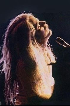 Leon Russell. That man. That style. I wish I could have met him in his younger days.