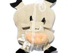 Sottopentola in stoffa a forma di mucca - fatto a mano da Effe Cremona! http://www.effecremona.it