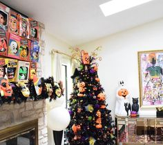 I'm sharing a new Halloween tree every day this week on the @treetopia blog. Today is tuxedo black. #sponsored #halloweenwithjen
