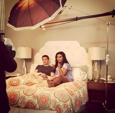 Chris Messina (Danny Castellano) and Mindy Kaling (Mindy Lahiri) on the set of The Mindy Project. Degrassi Next Class, Chris Messina, Finding Carter, Freaks And Geeks, The Mindy Project, Mindy Kaling, Orange Is The New Black, Geek Out, Modern Family