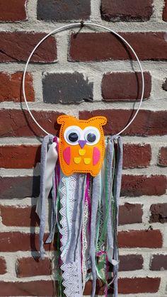 Een leuke dromenvanger / hanger... eenvoudig te maken. Maar ontzettend leuk.