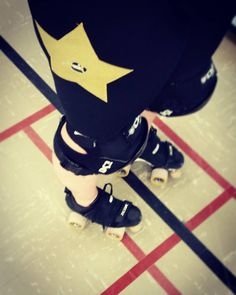 Happy legs in Star Compression tights back at practice tonight! Sooooo good to be back!  #sewciopathderby #rollerderby #custommade #canadianmade #derbylove #rollerskates #skates #sarniachinstraps #crazyskate #dbx5 @crazyskateco #tsg #aussiescotts by sewciopathderby