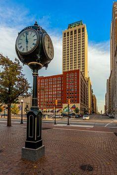 Tulsa, Oklahoma | Bill Knight Lincoln Volvo |   4111 S Memorial Dr | Tulsa, OK 74145 | (918) 526-2500 |http://billknightlincoln.com