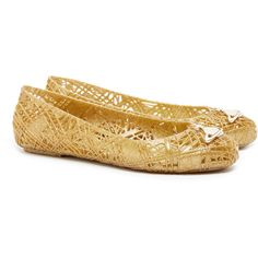 Vivienne Westwood for Melissa Scribble Gold Glitter Orb Flats (205 BRL) ❤ liked on Polyvore featuring shoes, flats, gold, embellished flats, slip on shoes, gold slip on shoes, flat shoes and gold flat shoes