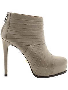 Pleated boots by Pour La Victoire. A Rachael Zoe pick on Piperlime. Going up?