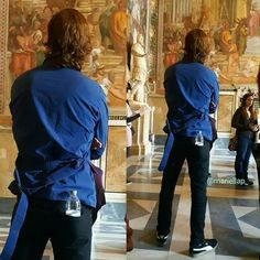 "outlanderitaly: "" Sam Heughan visiting ""Musei Capitolini"", as part of the ""Goodbye Rome"" activity at Jibland Con in Rome. [via @mariella060875] """