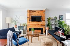 First-Time Homeowners DIYed an Awesome Walk-in Dressing Room: gallery image 1