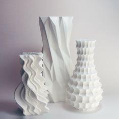 Funky art Heavenly Gift Vase Set designer vase lounge by MeshCloud Geometric Designs, Geometric Shapes, Plastic Vase, Keramik Design, Verre Design, 3d Printed Objects, Gift From Heaven, Keramik Vase, Funky Art