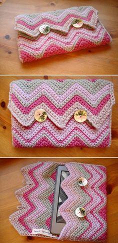 Crochet kindle case ❥Teresa Restegui http://www.pinterest.com/teretegui/ ❥