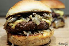 Imperium, Hamburger, Ethnic Recipes, Food, Meal, Hamburgers, Essen, Hoods, Burgers