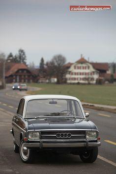 Der ersten Audi der Neuzeit: http://www.zwischengas.com/de/FT/fahrzeugberichte/Audi-oder-DKW-F-103-Freude-am-Fahren-im-ersten-Audi-der-Neuzeit.html?utm_content=bufferfc0fb&utm_medium=social&utm_source=pinterest.com&utm_campaign=buffer Foto © Bruno von Rotz