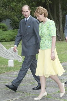 Crown Princess of Romania and Prince Radu, visiting the UK Romanian Royal Family, Casa Real, First Daughter, Reyes, Descendants, Royal Families, Royalty, King, Queen