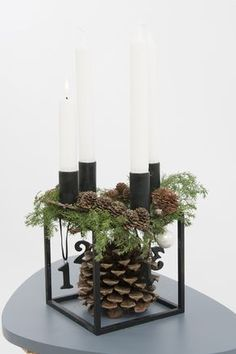 Bilderesultat for juledekorationer 2015 Christmas Advent Wreath, Decoration Christmas, Scandinavian Christmas, Xmas Decorations, Christmas Crafts, Advent Wreaths, Christmas Shirts, Christmas Stockings, Christmas And New Year
