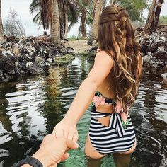 It\'s #albionfitfanfriday and we are celebrating this awesome capture by #beccasbasiclife in our \'Island Hopper\' Swimsuit! We sure do LOVE seeing all the incredible places you take your Albion. Where will you take us next? #takeuswithyou #iamalbionfit