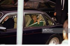 Princess Diana (1961 - 1997) during a visit to a drug rehabilitation centre in Bermondsey, London, 24th September 1993.