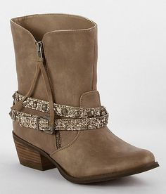 """""""Not Rated Crusader Boot"""" www.buckle.com"""