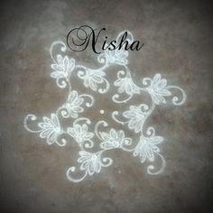 Nisha's kolam Mehndi Art Designs, Beautiful Rangoli Designs, Small Rangoli Design, Indian Rangoli