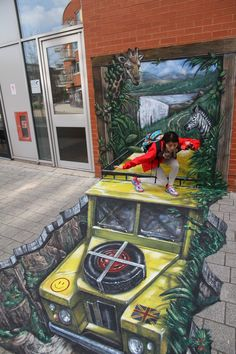 An amazing example of Street Art. The effects are stunning - Chile I believe.via Sybil Morales .by Street Art 3d Street Art, Amazing Street Art, Street Art Graffiti, Street Artists, 3d Sidewalk Art, Pavement Art, 3d Chalk Art, Art 3d, Urbane Kunst