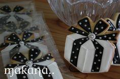 Present Decorated Cookie -- elegant black and white