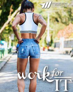 Bom diaaaa meninas!  Bora para mais um dia. Bora trabalhar por nossos objetivos bora provar para nós mesmos que nós somos capazes de nos superar!! Trabalhe todos os dias por seus objetivos! No final valerá a pena!  Look da nova coleção Legbox.  ______________________________________________________ Nossos canais de compra: .  http://ift.tt/1PcILpP Whatsapp: 41 99144-4587  Loja virtual no face: Acesse missfitbrasilhf  USA Store: www.fitzee.biz. .  Worldwide shipping  Parcele em até 4x sem…