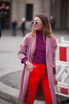 The Best Interview Outfit Ideas For Women: Style Guides Fashion Week 2018, Fashion Mode, Fashion Outfits, Fashion Ideas, Color Blocking Outfits, Color Blocking Fashion, Berlin Fashion, Style Work, Mode Style